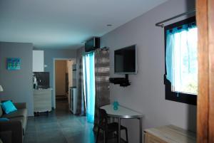 Appart'hôtel Le Dauphin, Apartmanhotelek  Six-Fours-les-Plages - big - 5