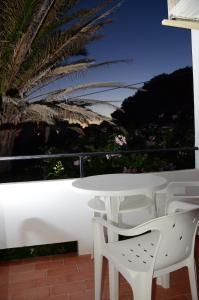 Hostal Alocs, Affittacamere  Playa d'Es Figueral - big - 14