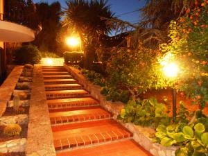 B&B Al Giardino, Bed & Breakfasts  Monreale - big - 29