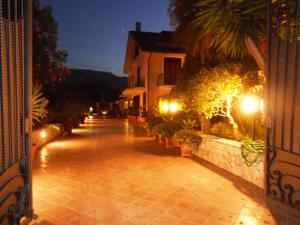 B&B Al Giardino, Bed & Breakfast  Monreale - big - 52