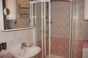 Rėzos Apartments, Апартаменты  Юодкранте - big - 21