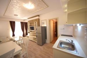 Menada Apartments in Golden Rainbow, Apartmány  Slnečné pobrežie - big - 22