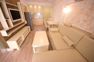 Menada Apartments in Golden Rainbow, Apartmány  Slnečné pobrežie - big - 15