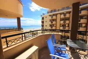Menada Apartments in Golden Rainbow, Apartmány  Slnečné pobrežie - big - 4