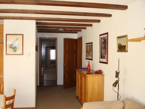 Residenz La Mora, Ferienwohnungen  La Punt-Chamues-ch - big - 15