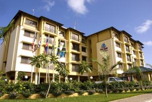 Sea Cliff Court Hotel and Luxury Apartments
