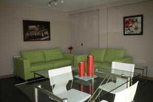 Apartamentos Calle José, Appartamenti  Madrid - big - 37