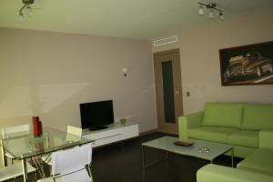 Apartamentos Calle José, Appartamenti  Madrid - big - 38