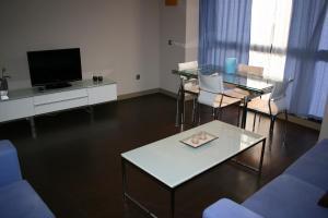 Apartamentos Calle José, Апартаменты  Мадрид - big - 58