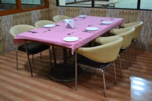 Hotel Singh Axis, Bed and Breakfasts  Udhampur - big - 18