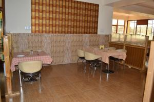 Hotel Singh Axis, Bed and Breakfasts  Udhampur - big - 21