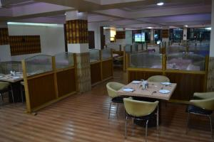 Hotel Singh Axis, Bed and Breakfasts  Udhampur - big - 26