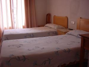 Hostal Casanova, Guest houses  Madrid - big - 3