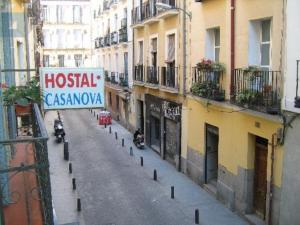 Hostal Casanova, Guest houses  Madrid - big - 15