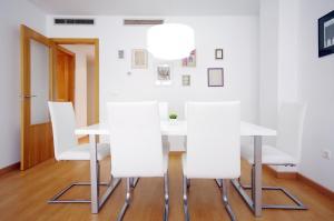 Flatsforyou Port Design, Apartmány  Valencie - big - 12