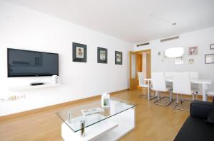 Flatsforyou Port Design, Apartmány  Valencie - big - 25