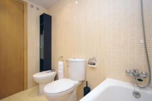 Flatsforyou Port Design, Apartmány  Valencie - big - 56