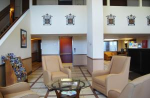 Super 8 by Wyndham Oklahoma City, Hotely  Oklahoma City - big - 23