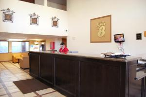 Super 8 by Wyndham Oklahoma City, Hotely  Oklahoma City - big - 13