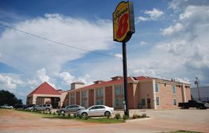 Super 8 by Wyndham Oklahoma City, Hotel  Oklahoma City - big - 25