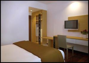Best Hotel Kedungsari, Szállodák  Surabaya - big - 8