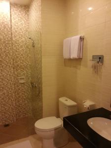Best Hotel Kedungsari, Szállodák  Surabaya - big - 6