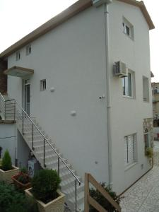 Apartments and Rooms Villa Gaga 2, Bed & Breakfast  Budua - big - 64
