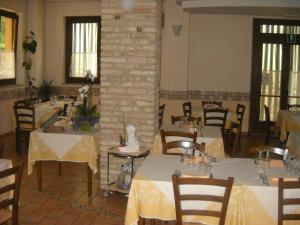 Al Casolare, Hotels  Corinaldo - big - 8