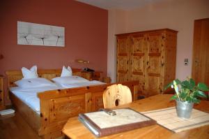 Hotel Sarbacher, Hotely  Gernsbach - big - 3
