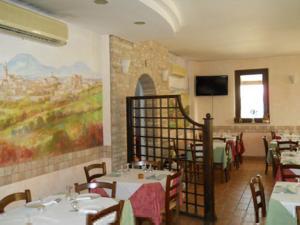 Al Casolare, Hotels  Corinaldo - big - 12