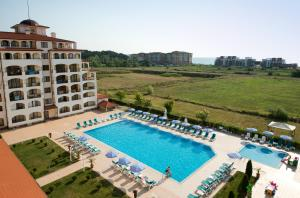 Sunrise All Suites Resort- All Inclusive, Apartmanhotelek  Obzor - big - 1
