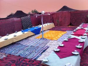 Marhaba Camp, Camel & Sandboarding, Luxury tents  Merzouga - big - 97