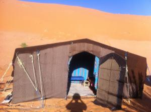 Marhaba Camp, Camel & Sandboarding, Luxury tents  Merzouga - big - 6