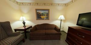Country Inn & Suites by Radisson, St. Cloud East, MN, Hotels  Saint Cloud - big - 16