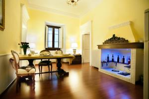 Palazzo Salini - Luxury B&B - AbcAlberghi.com