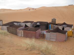 Marhaba Camp, Camel & Sandboarding, Luxury tents  Merzouga - big - 95