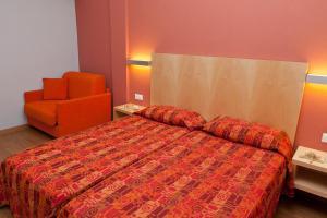 Kronos Hotel, Szállodák  Platamónasz - big - 13
