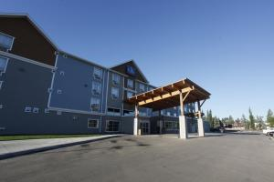 Pomeroy Inn and Suites at Olds College