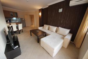 Menada Regina Mare Apartments