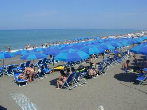Camping Free Beach, Кемпинги  Марина-ди-Биббона - big - 125