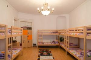 Little Bucharest Old Town Hostel, Хостелы  Бухарест - big - 60