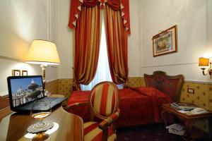Hotel Giulio Cesare, Отели  Рим - big - 5