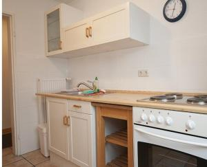 One-Room Apartment (1-2 Adults)