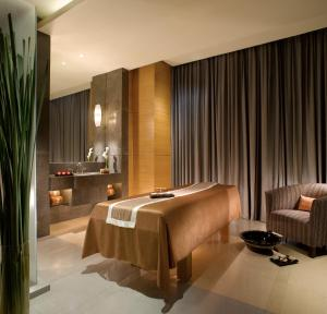 The Residences of The Ritz-Carlton Jakarta Pacific Place, Aparthotely  Jakarta - big - 12