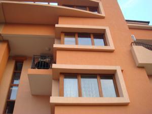 Ajur Guest House