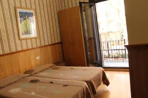 Double or Twin Room with Private Bathroom and Balcony
