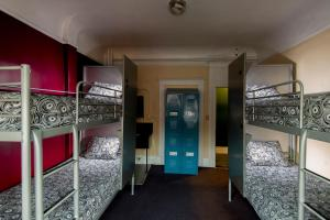 Bed in 4-Bed Mixed Dormitory Room - Private Bath