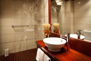 Hotel Ciria, Отели  Бенаске - big - 8