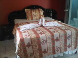 Treasure's Comfort Inn, Affittacamere  Claremont - big - 1