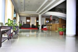 Parai Puri Tani Hotel - Martapura, Отели  Martapura - big - 1